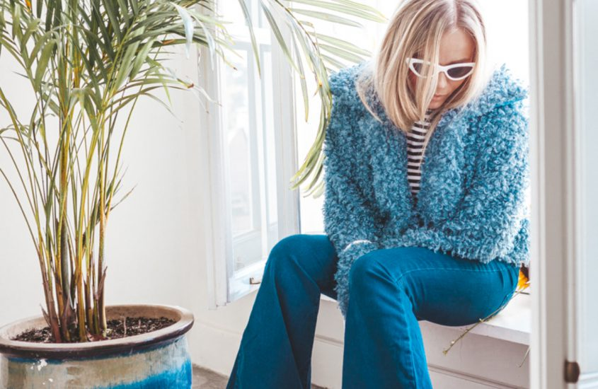 BLUE TEDDY COAT & FLARE JEANS